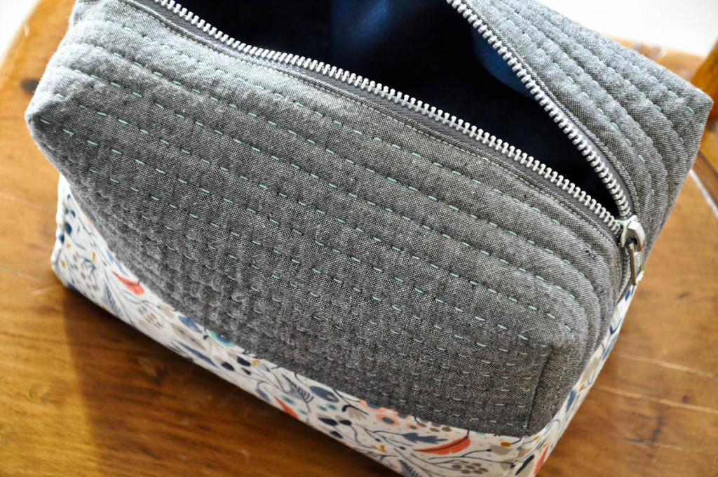boxy cosmetic bag (6 of 1)