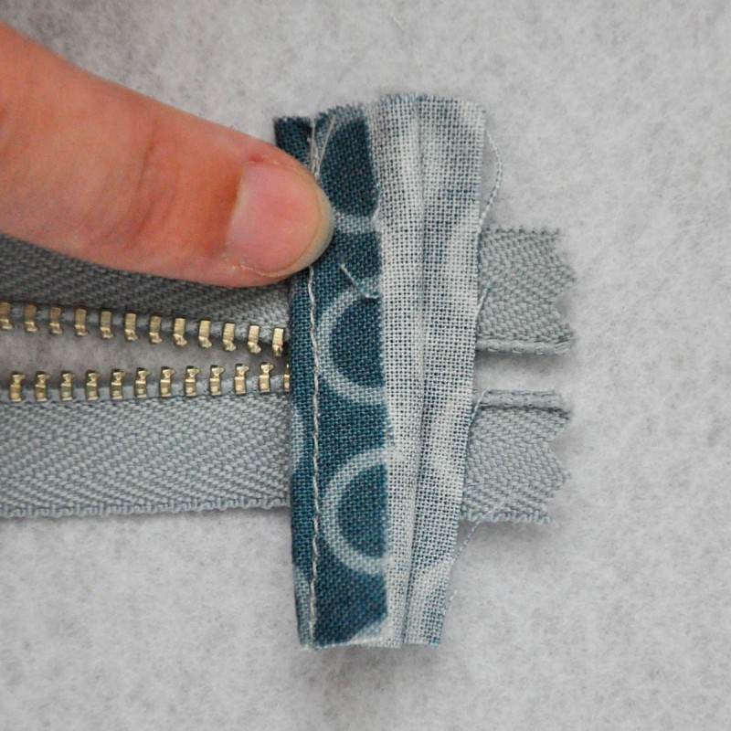 Zipper pouch with tabs tutorial (7 of 1)